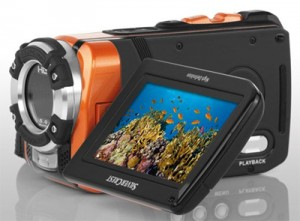 Silvercrest 2-in-1-Full-HD-Camcorder mit klapp- und drehbarem Display